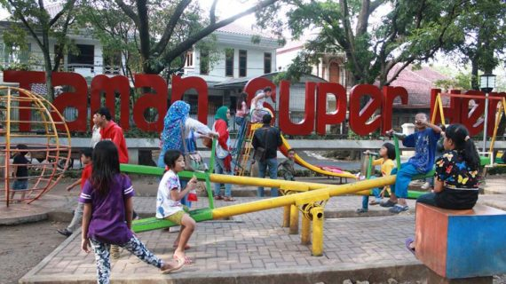 8 Masalah Anak di Taman Bermain dan Bagaimana Cara Membantunya