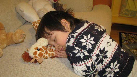7 Manfaat Tidur Siang Bagi Anak dan Durasi Tidur Yang Baik