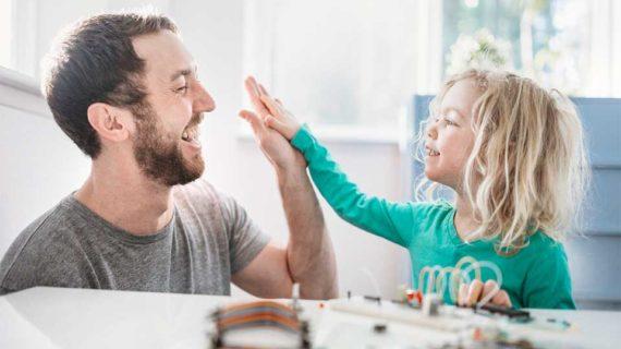Cara Memberi Pujian Yang Tepat Untuk Anak Agar Percaya Diri