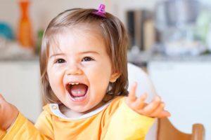Tips-Mendukung-Perkembangan-Kejelasan-Bicara-Anak