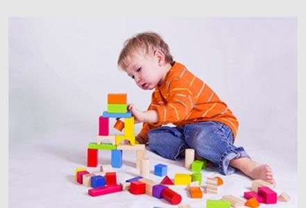 bermain-sebagai-cara-utama-anak-belajar-dan-berkembang