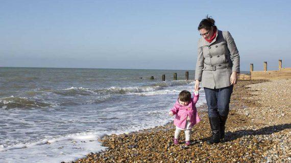 Cara Mendampingi dan Mengatasi Anak Penderita Autisme